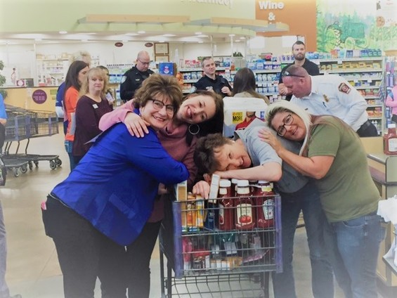View 2nd Annual Business Grocery Grab album